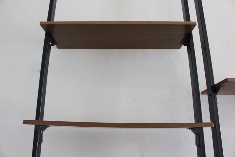 Italian Wall Shelves System In Good Condition For Sale In Los Angeles, CA