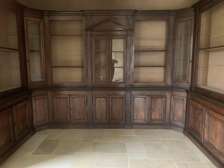 Italian Walnut 18th Century Library Bookcase Panneling For Sale 9