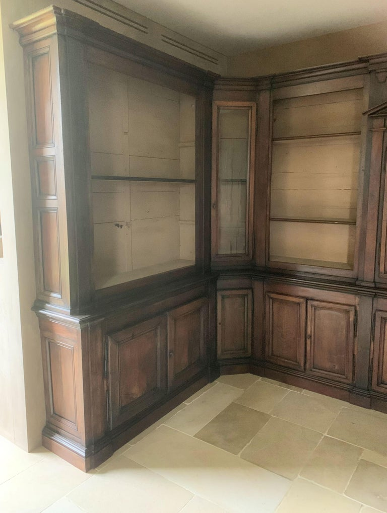 Italian Walnut 18th Century Library Bookcase Panneling For Sale 10
