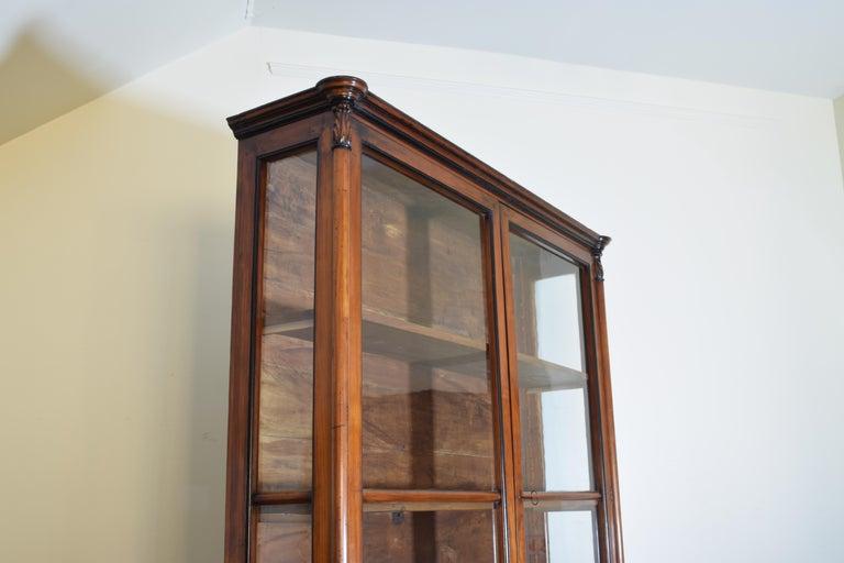 Italian Walnut and Ebonized Tall 2-Piece Bookcase Cabinet, Mid-19th Century For Sale 1