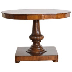 Italian Walnut and Fruitwood Inlaid Center Table, Early 19th Century