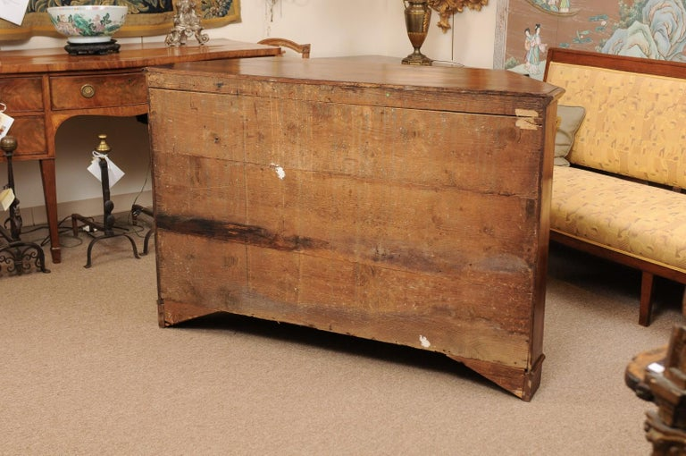 Italian Walnut Canted Crendenza, Early 19th Century For Sale 7