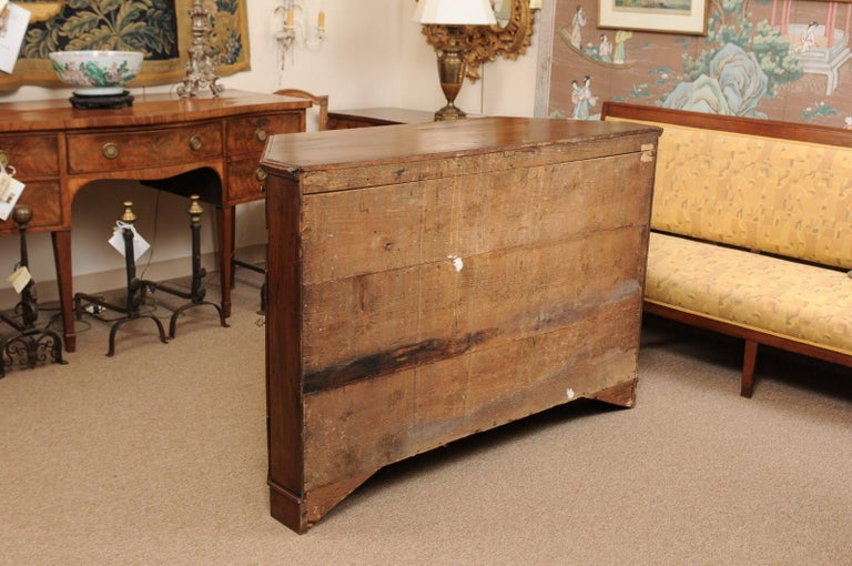 Italian Walnut Canted Crendenza, Early 19th Century For Sale 9