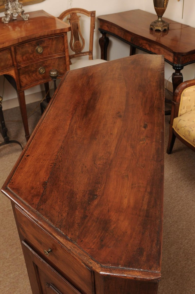 Italian Walnut Canted Crendenza, Early 19th Century For Sale 11