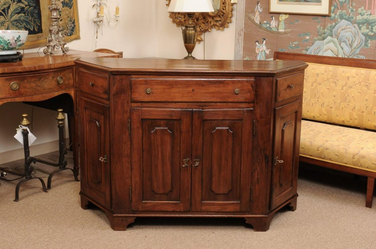 Italian Walnut Canted Crendenza, Early 19th Century For Sale 14