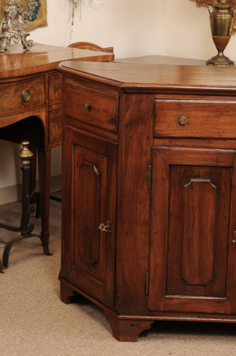 Italian Walnut Canted Crendenza, Early 19th Century For Sale 16