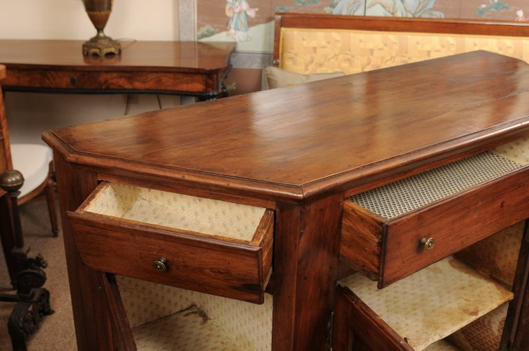 Italian Walnut Canted Crendenza, Early 19th Century For Sale 1