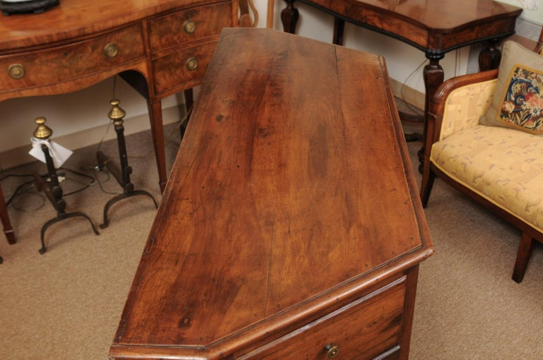 Italian Walnut Canted Crendenza, Early 19th Century For Sale 6