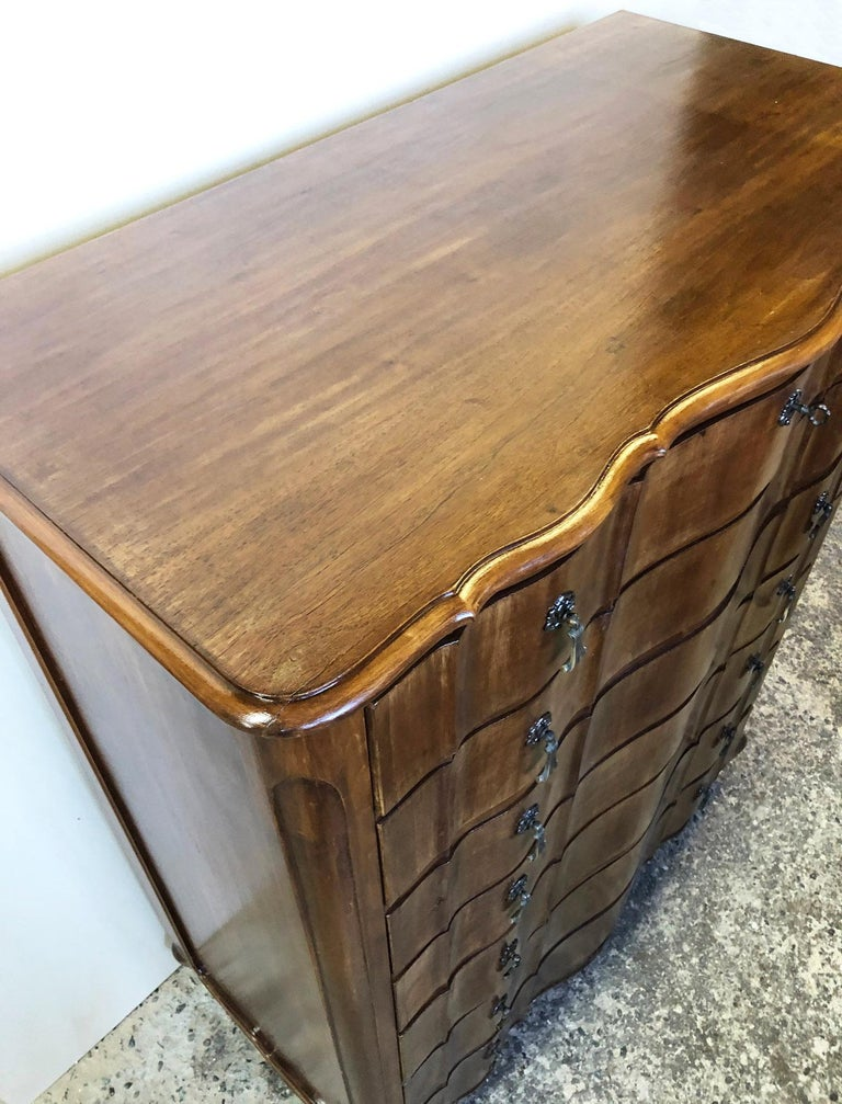 Italian Walnut Tallboy from 1960, Original Curved Shaped Drawers, Period Handles For Sale 2