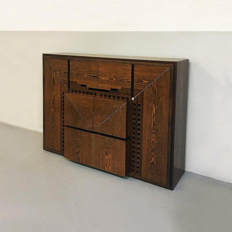 Italian Wengé Cabinet Micene by F. Meccani for Meccani Arredamenti, 1978 In Good Condition For Sale In MIlano, IT
