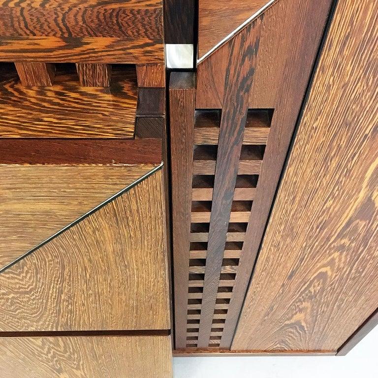 Italian Wengé Cabinet Micene by F. Meccani for Meccani Arredamenti, 1978 For Sale 3