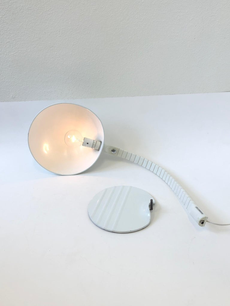 Italian White Adjustable Table Lamp by Elio Martinelli for Martinelli Luce For Sale 3