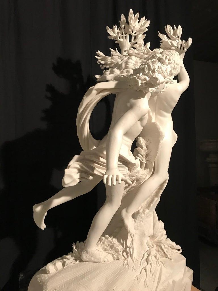 Italian White Marble Sculpture of Apollo and Dafne after Gian Lorenzo Bernini For Sale 6