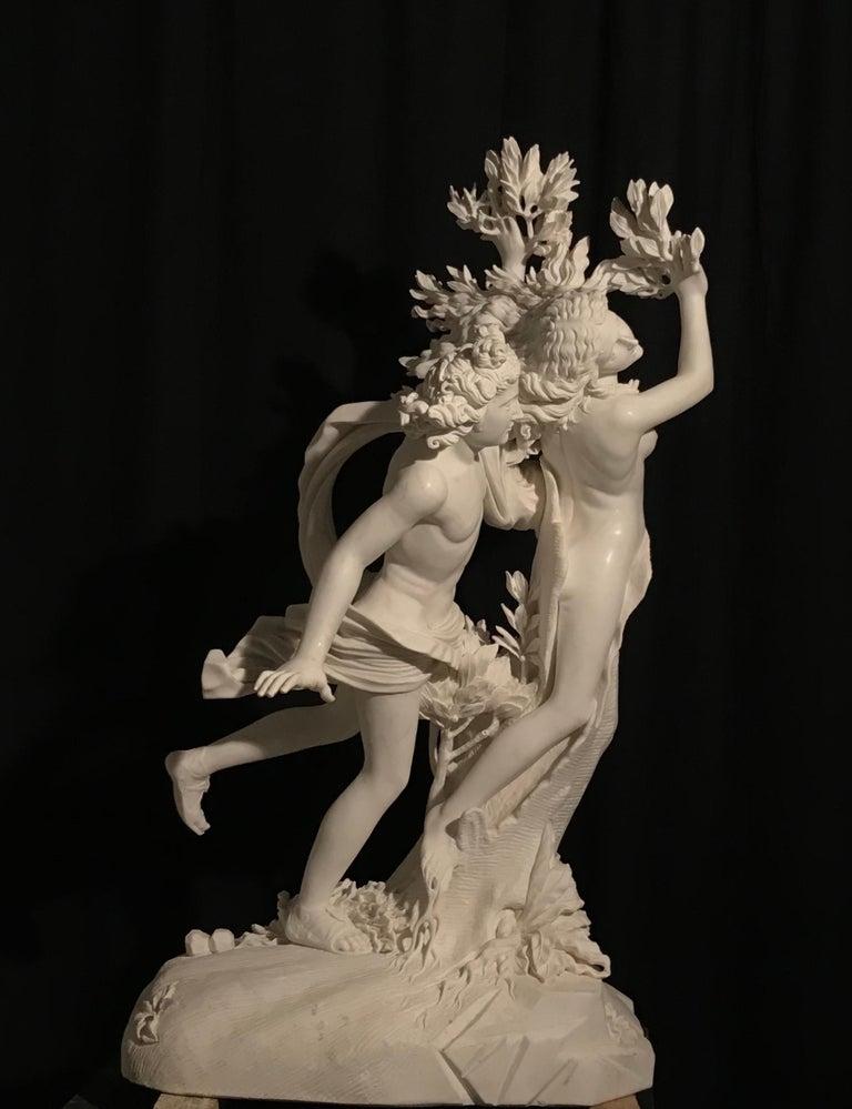 Italian White Marble Sculpture of Apollo and Dafne after Gian Lorenzo Bernini For Sale 7