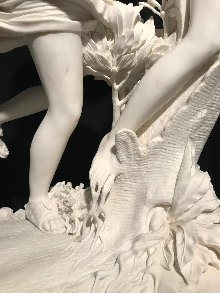 Italian White Marble Sculpture of Apollo and Dafne after Gian Lorenzo Bernini For Sale 9