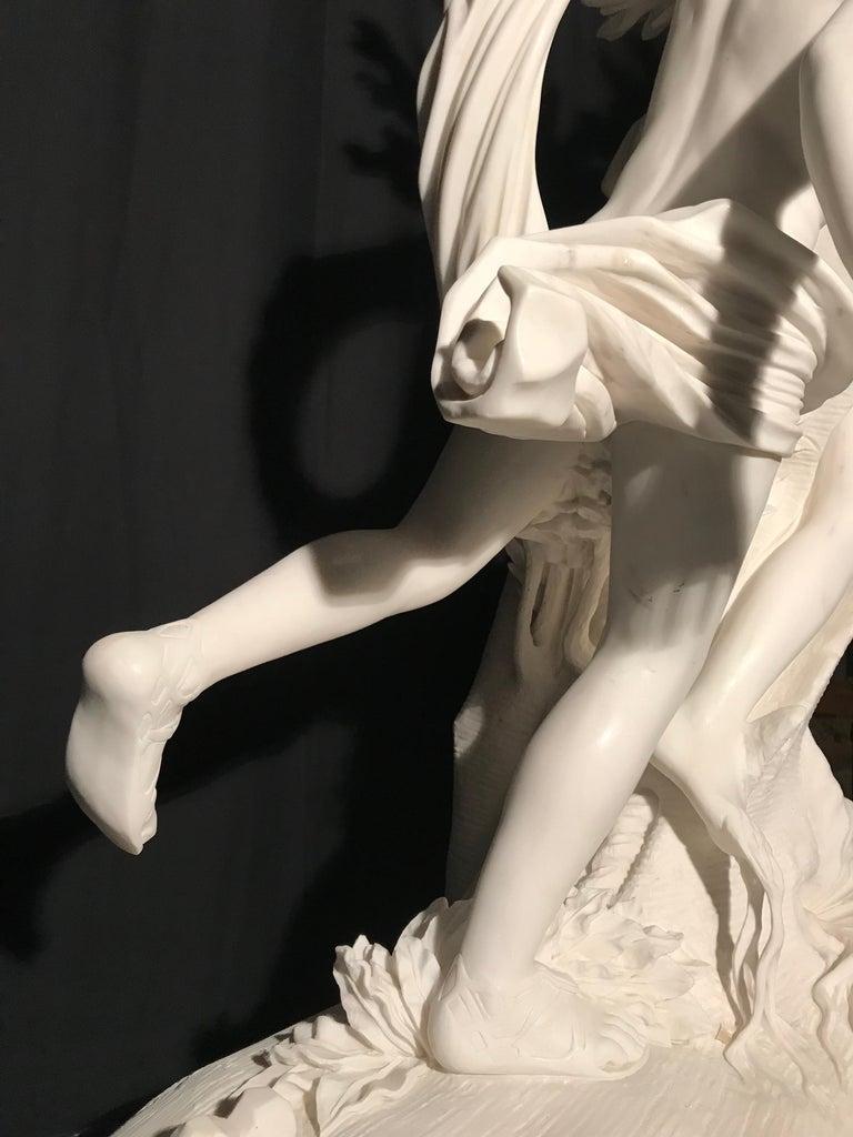 Italian White Marble Sculpture of Apollo and Dafne after Gian Lorenzo Bernini For Sale 10