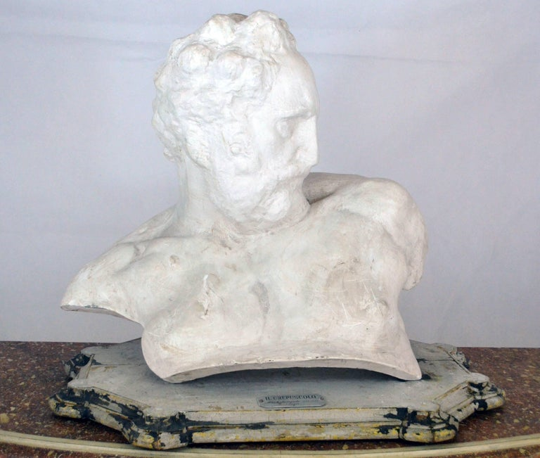Italian white big plaster bust academic representation of Crepuscolo, 1950s  Originally the sunset by Michelangelo Buonarroti was made in marble circa 1524 to decorate San Lorenzo sacristy in Florence, as it is stated in the label on the
