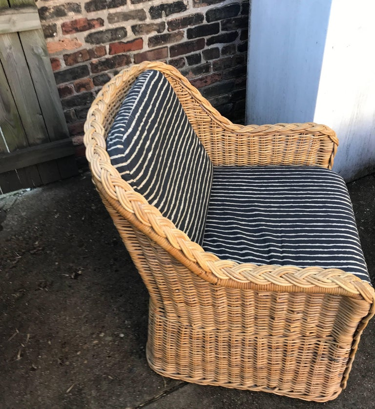 Italian Wicker Rattan Lounge Chair and Ottoman For Sale 5