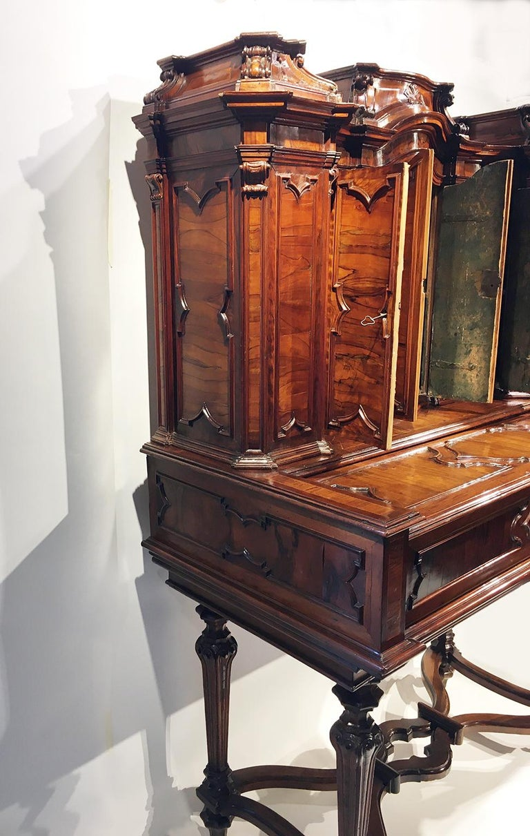 Italian Writing Desk with Upper Cabinet, Milan, circa 1730 For Sale 9