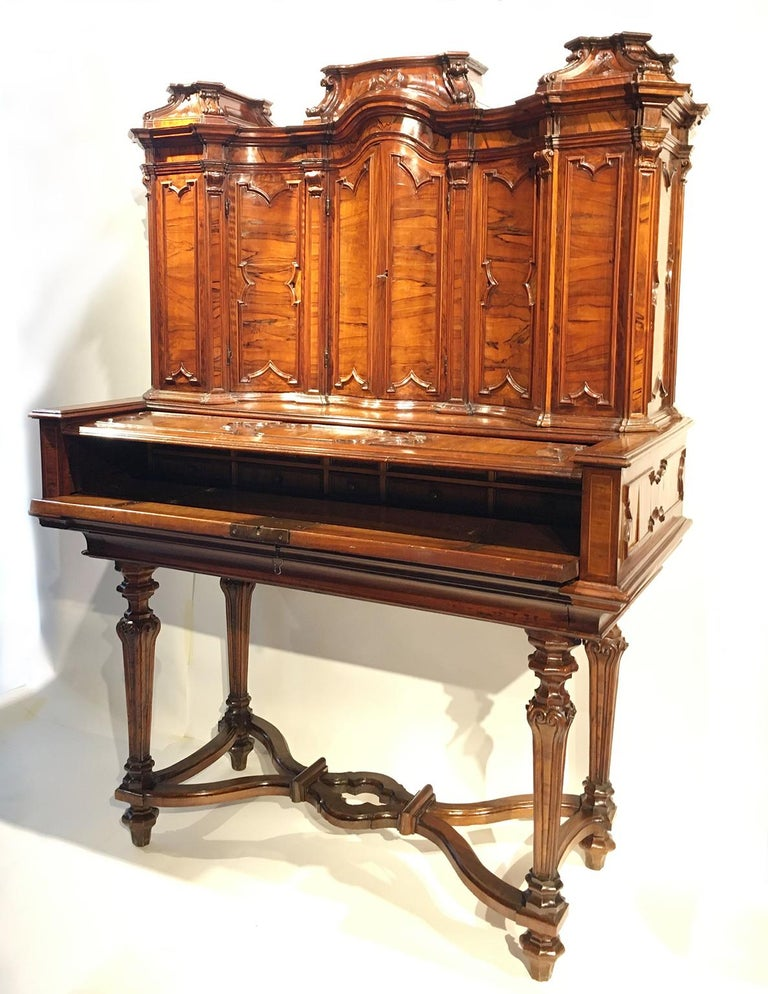 Italian Writing Desk with Upper Cabinet, Milan, circa 1730 For Sale 1