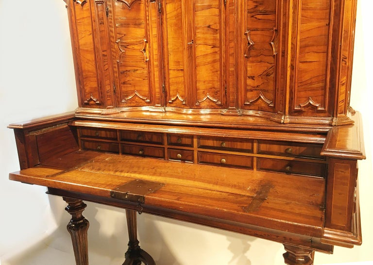 Italian Writing Desk with Upper Cabinet, Milan, circa 1730 For Sale 2