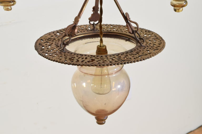 Italian Wrought Iron and Blown Glass 5-Light Lantern Chandelier, 19th Century For Sale 9