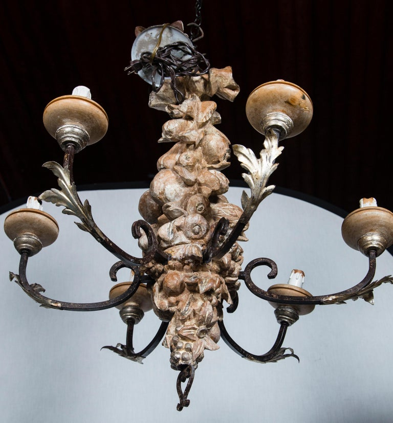 Italian Wrought Iron and Carved Wood Fruit Chandelier For Sale 4