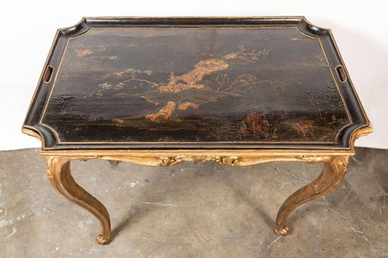 Hand-Carved Italian, 18th Century, Chinoiserie Tray Table For Sale