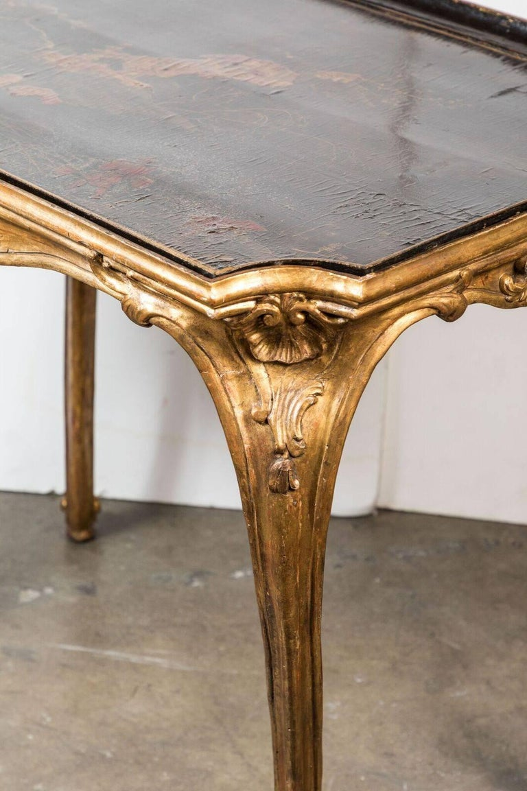Italian, 18th Century, Chinoiserie Tray Table For Sale 1