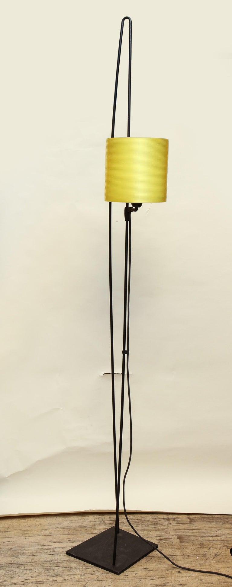 Italiana Luce Floor Lamp Mid-Century Modern Ion and Plexiglass, Italy, 1970 For Sale 11