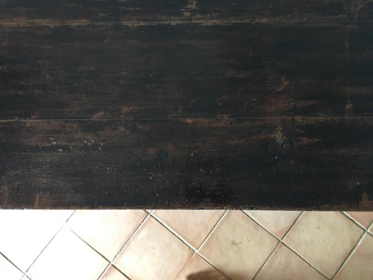 Italy 17th Century Walnut Table in Baroque Style For Sale 7