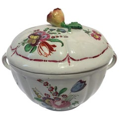 Italy 18th Century Richard Ginori Porcelain Covered Cup or Sugar Bowl
