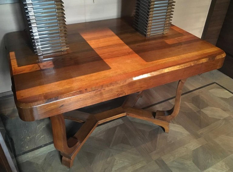 Italian Italy 1930 Walnut Dining Table or Desk in Art Deco Style For Sale