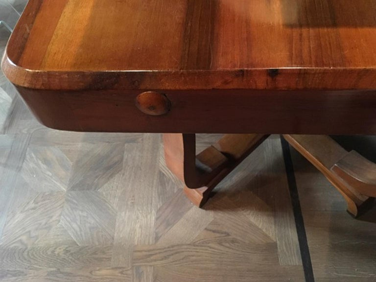 Hand-Crafted Italy 1930 Walnut Dining Table or Desk in Art Deco Style For Sale