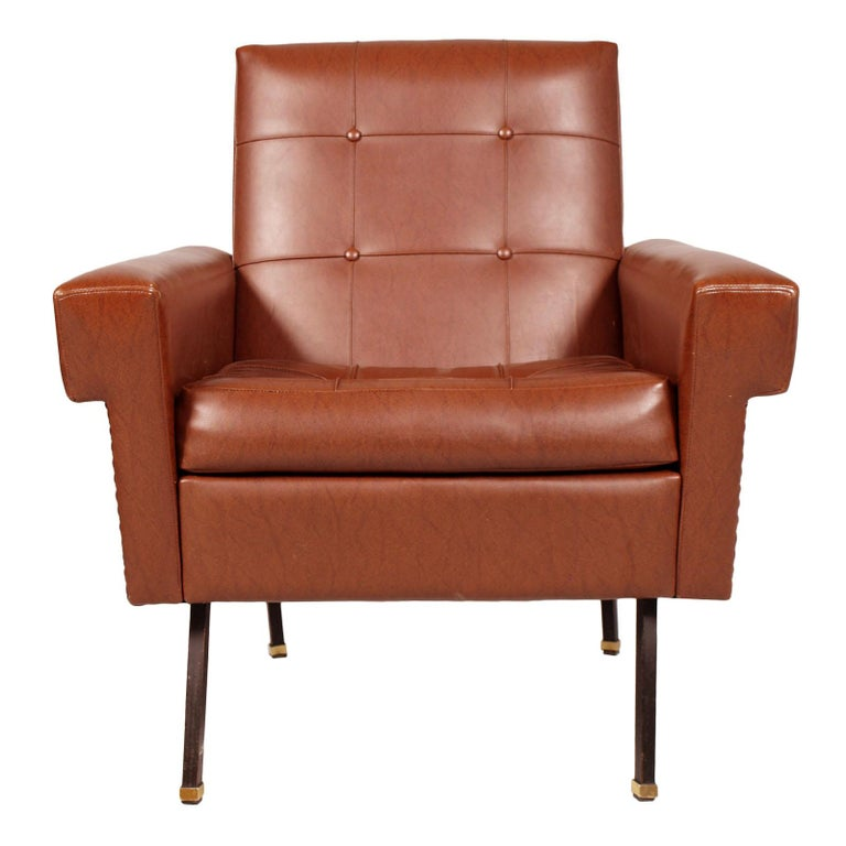 Mid-Century Modern Italy 1960s Cubist Armchairs, Iron Legs, Faux Leather Quilted Upholstery For Sale