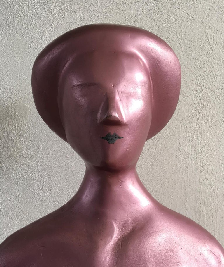 Hand-Crafted Italy 1980 Figurative Sculpture by Ugo La Pietra Pink Lacquered Aluminium For Sale