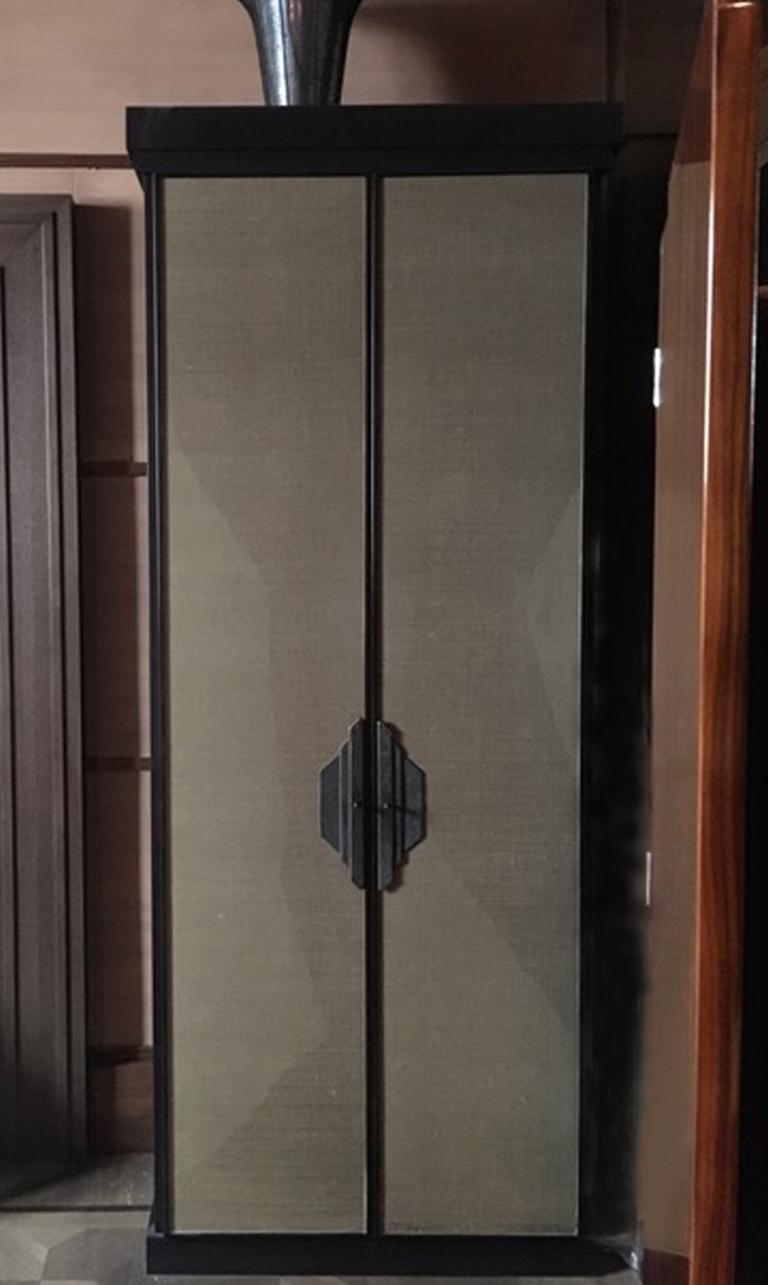 Post-Modern Italy Pair of Postmodern Brown Oak Cabinet with Rafia Panels and Bronze Handles For Sale