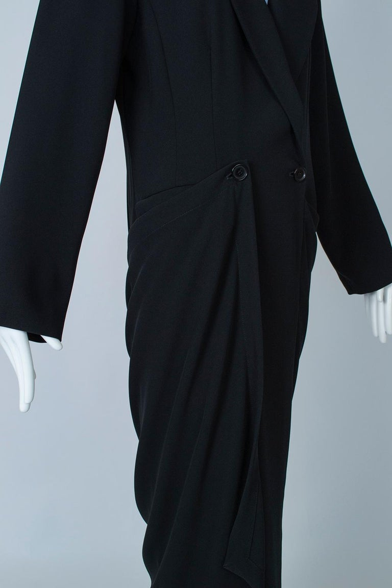 Ivan Grundahl Black Avant Garde Wrapping Draped Trench Coat – Eu 40 (Med), 1990s For Sale 6