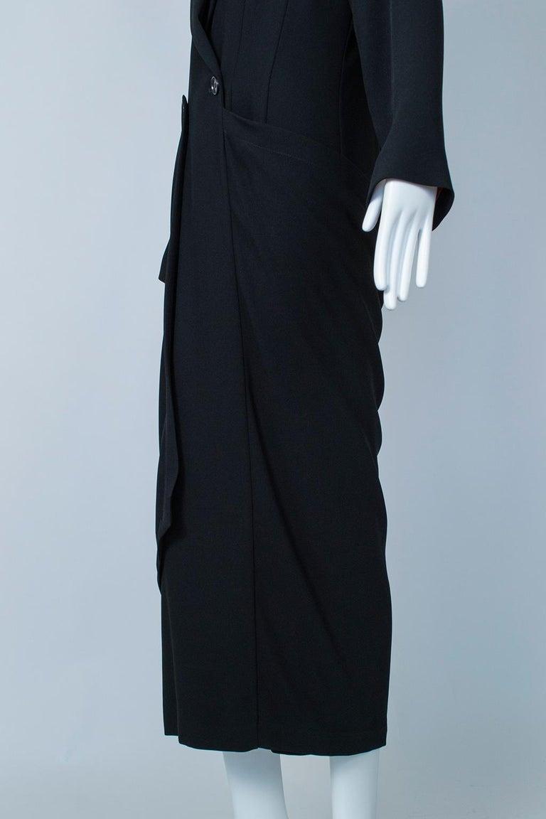 Ivan Grundahl Black Avant Garde Wrapping Draped Trench Coat – Eu 40 (Med), 1990s For Sale 8