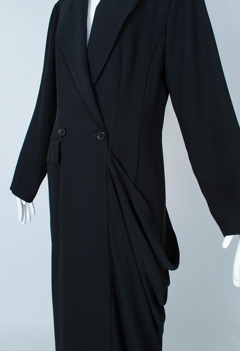 Ivan Grundahl Black Avant Garde Wrapping Draped Trench Coat – Eu 40 (Med), 1990s For Sale 9