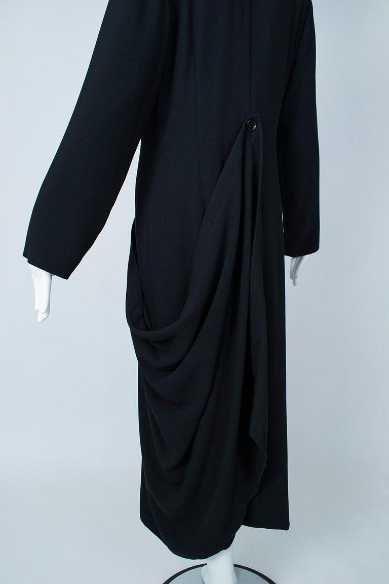 Ivan Grundahl Black Avant Garde Wrapping Draped Trench Coat – Eu 40 (Med), 1990s For Sale 10