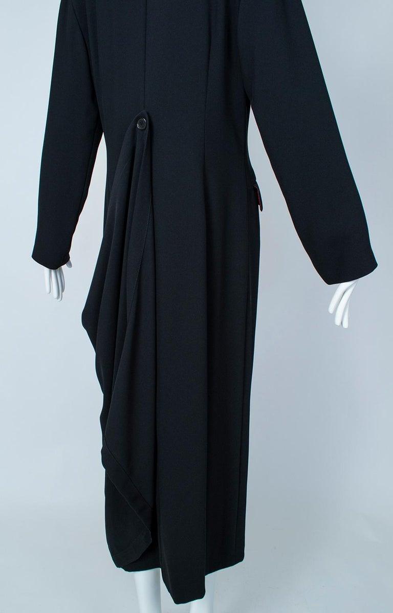 Ivan Grundahl Black Avant Garde Wrapping Draped Trench Coat – Eu 40 (Med), 1990s For Sale 11
