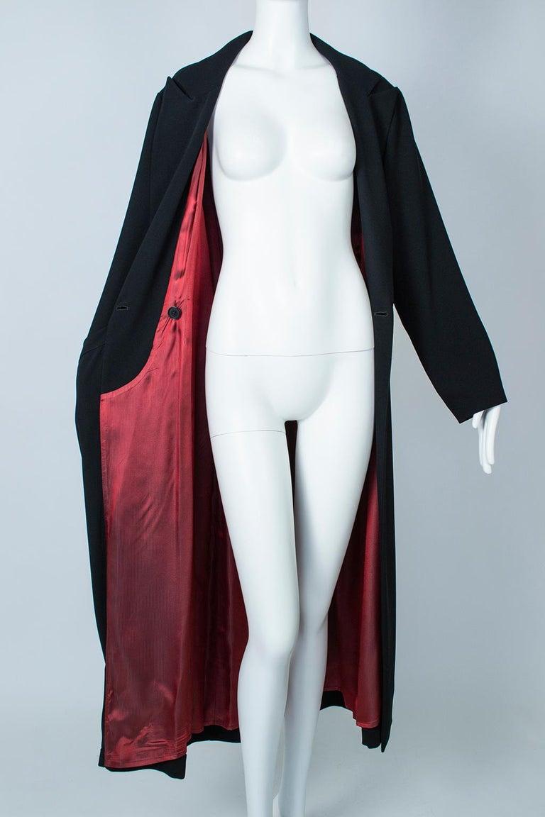 Ivan Grundahl Black Avant Garde Wrapping Draped Trench Coat – Eu 40 (Med), 1990s For Sale 12