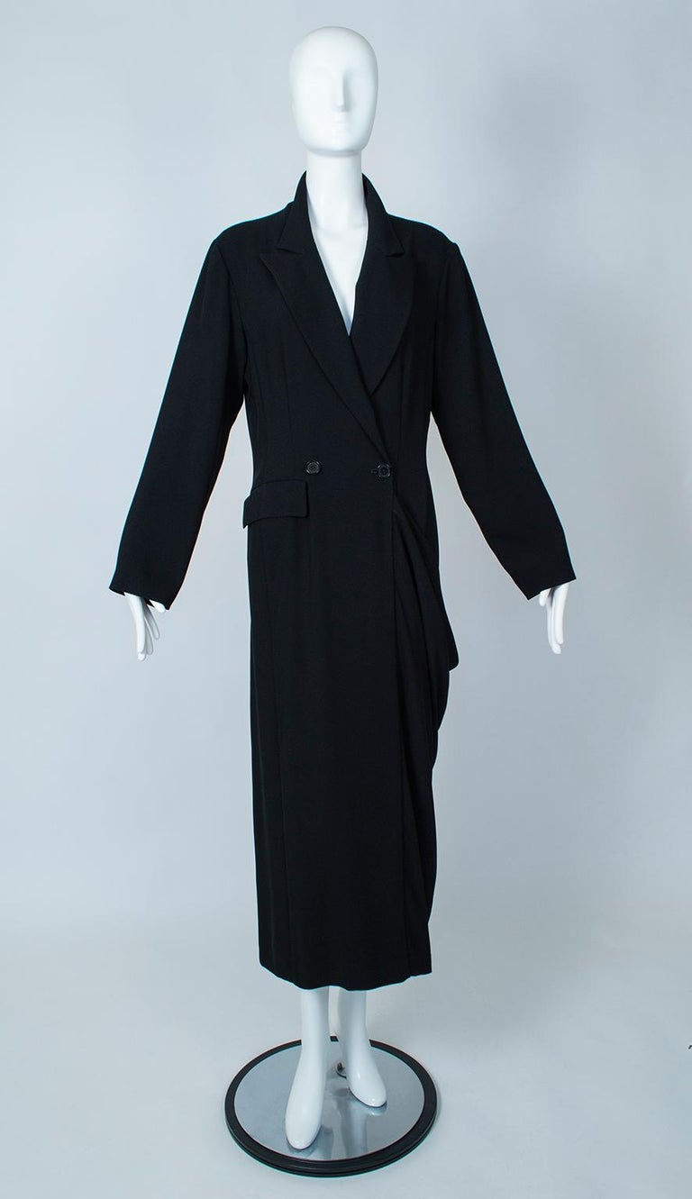 Ivan Grundahl Black Avant Garde Wrapping Draped Trench Coat – Eu 40 (Med), 1990s For Sale 1