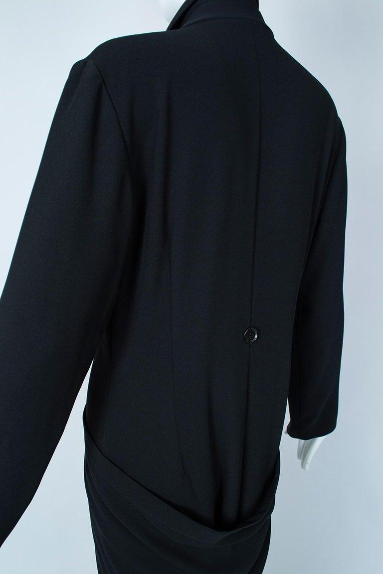 Ivan Grundahl Black Avant Garde Wrapping Draped Trench Coat – Eu 40 (Med), 1990s For Sale 5