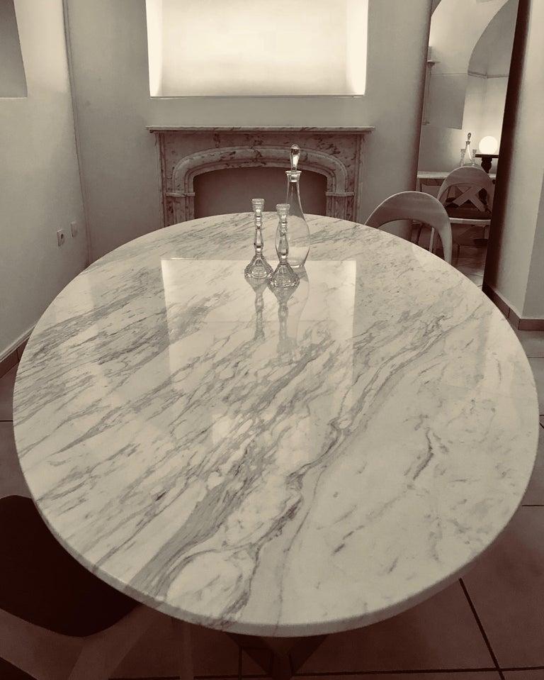 'Ivory Diamond' Ovaler Esstisch in Griechischen Weißen Marmor 3