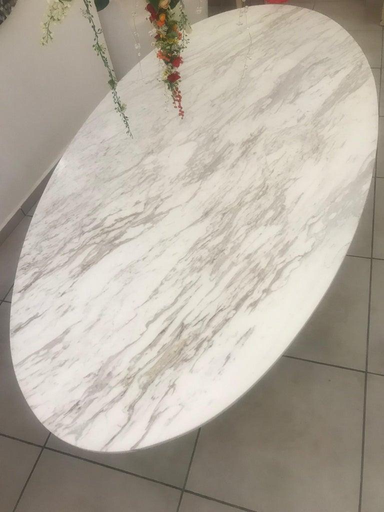 'Ivory Diamond' Ovaler Esstisch in Griechischen Weißen Marmor 5