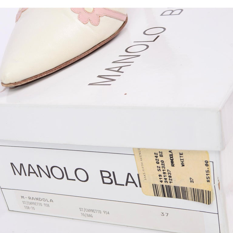 Ivory Leather Manolo Blahnik Shoes With Pink Daisy Flowers and Ankle Straps For Sale 12