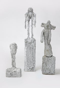 Concrete sculpture's: 'Family'