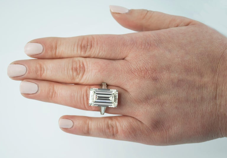 J. Birnbach GIA Certified 11.43 Carat H VS1 Emerald Cut Diamond Ring In New Condition For Sale In New York, NY